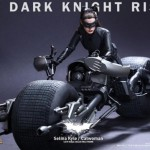 Whoa! These New HOT TOYS Figure Of Selina Kyle/Catwoman Look Just Like Anne Hathaway!