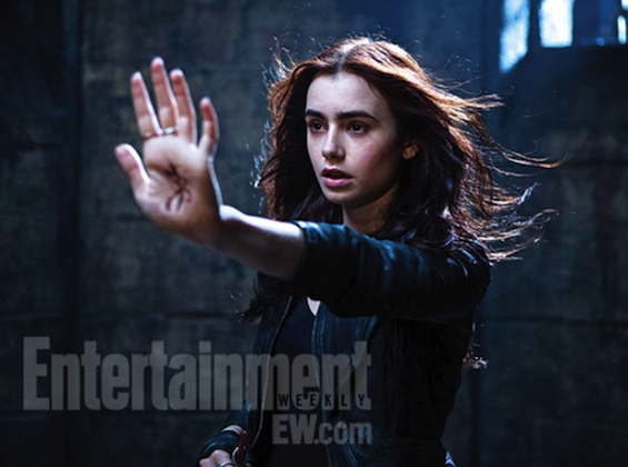 Lily-Collins-The-Mortal-Instruments-City-Of-Bones