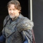 Russell Crowe a.k.a The New Jor-El Talks About Being SUPERMAN's Dad In MAN OF STEEL