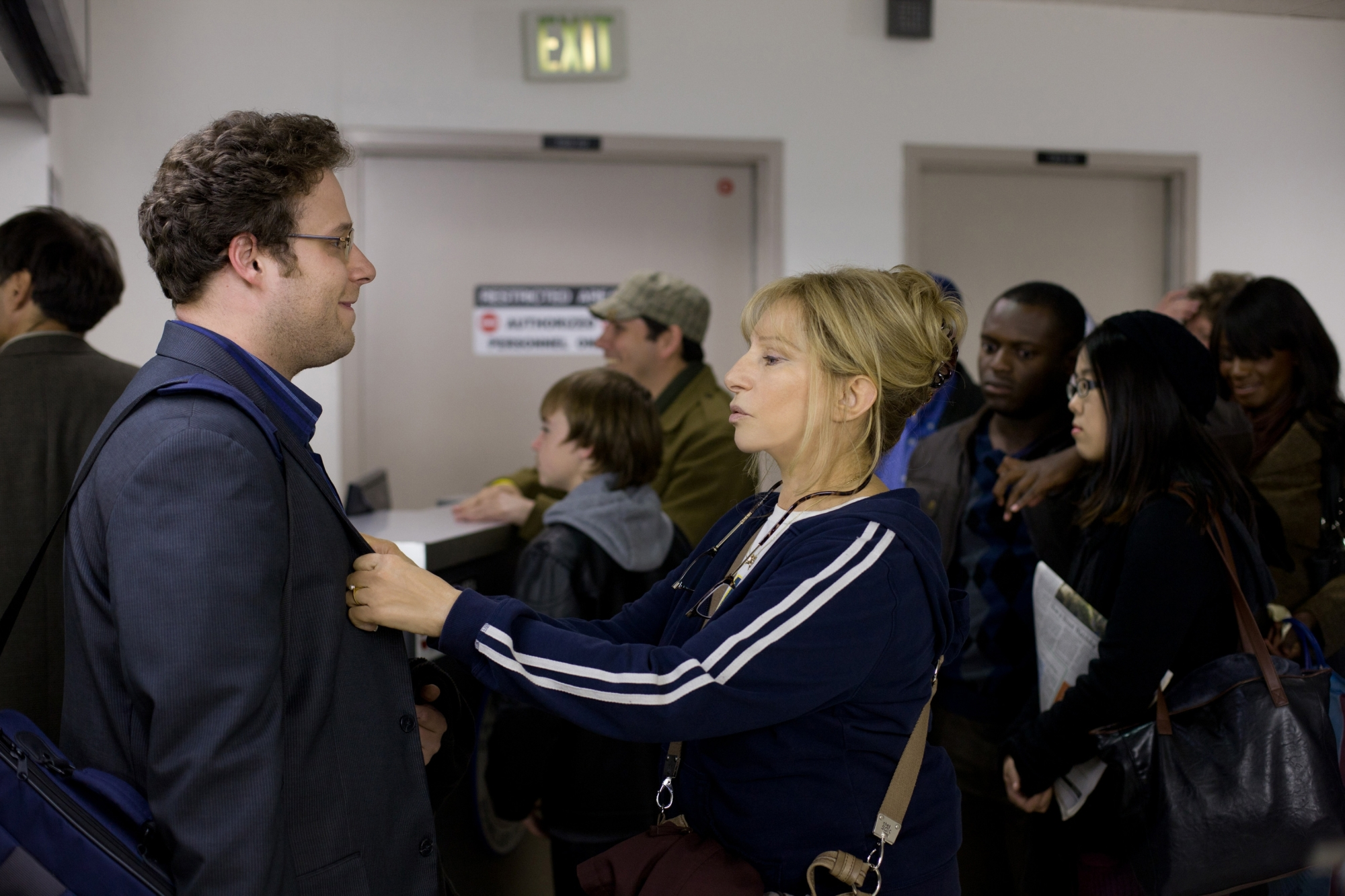 L.A. Premiere: The Guilt Trip Starring Streisand and Rogen