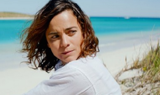 Kill Me Three Times - Alice Braga
