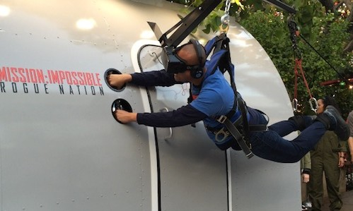 Video Watch Me Experience This Awesome Mission Impossible Rogue Nation Plane Vr Rama S Screen