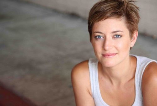 Zoe Perry May Play Sheldon Cooper S Mom In The Big Bang Theory Spinoff Rama S Screen